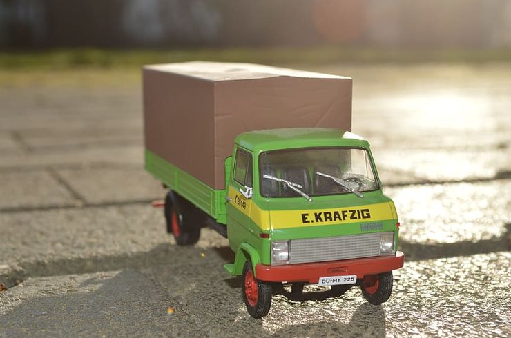 toy-car-toys-truck-auto